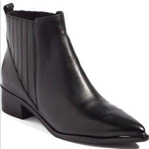 Marc Fischer Yommi Chelsea leather booties